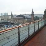 Dachterrassenkonstruktion_Geländer Glas_UK Holzboden